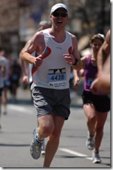Dave Fleet running the 2008 Boston Marathon